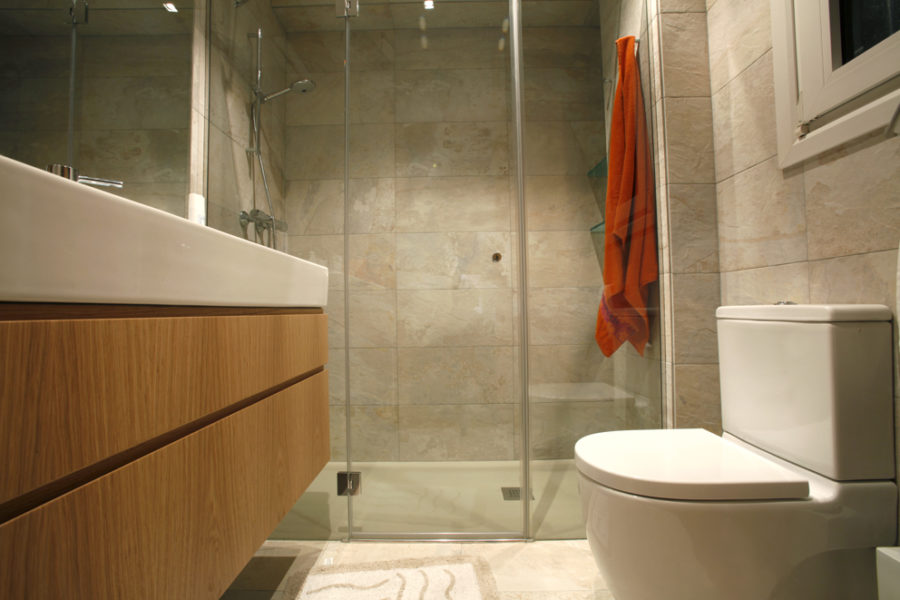 Reforma de baño en Donostia – San Sebastián, Amara